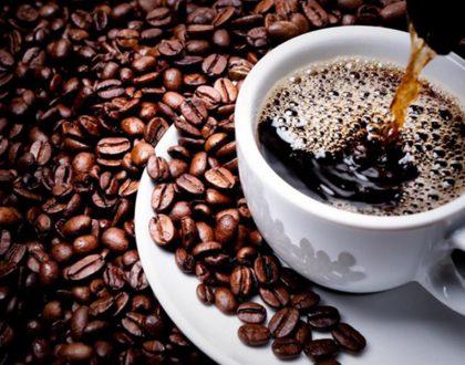 Điều gì sẽ xảy đến nếu trà và cà phê là thứ duy nhất bạn uống trong ngày?